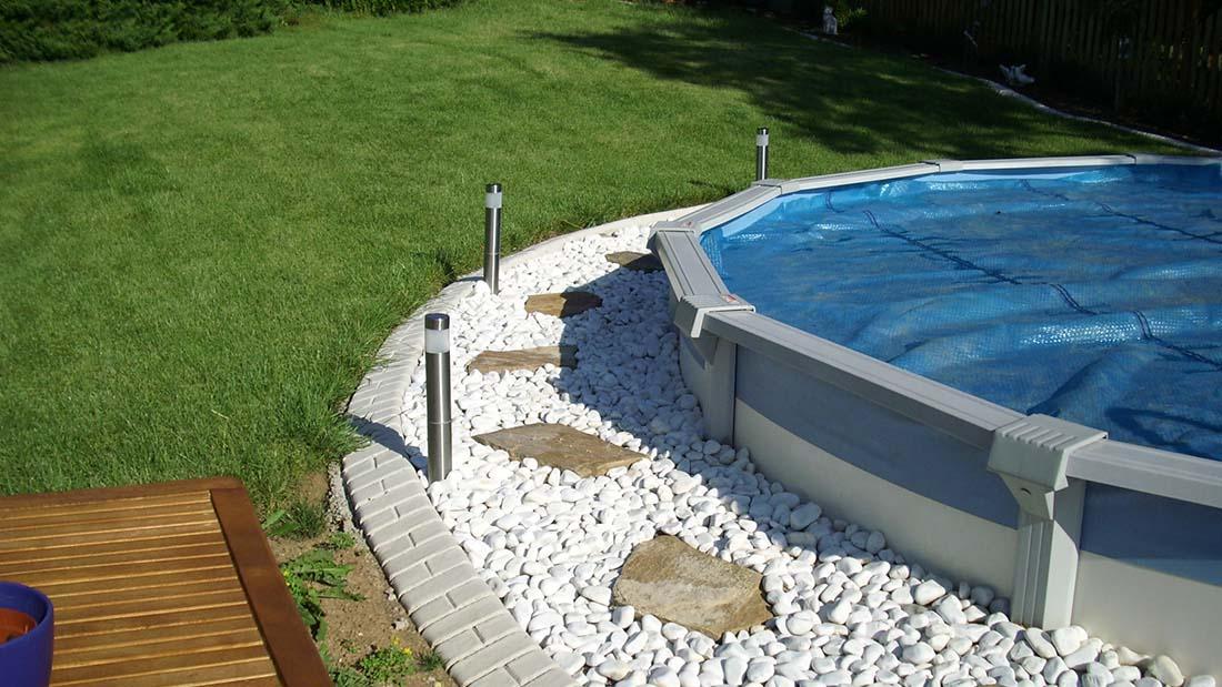 Pool und teicheinfassungen die randleiste for Gartenpool intex